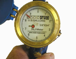 Large Easy to Read Dial With 10 Gallon Sweep Hand Graduated In 1/10 Gallon